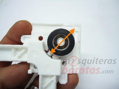Mosquitera corredera a medida en color blanco for Instalar mosquitera corredera