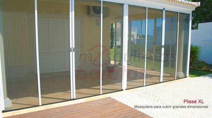 Mosquiteras para puertas con tela plisada especial grandes for Mosquitera por metros
